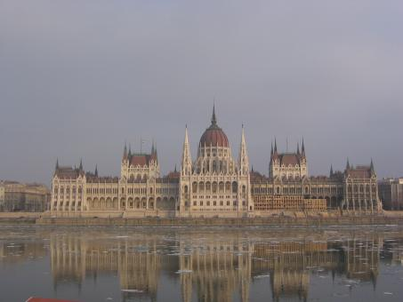 Free Stock Photo of Hungarian parliament