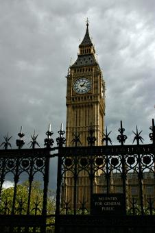 Free Stock Photo of Big Ben behind the gates