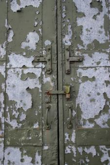 Free Stock Photo of Peeled Metal Door