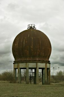 Free Stock Photo of Rusted water tank