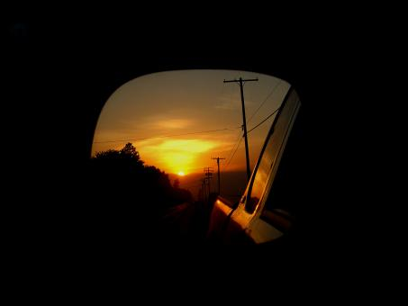 Free Stock Photo of Sunrise in Mirror