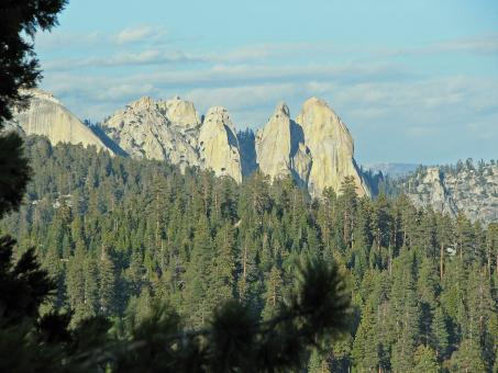 Free Stock Photo of Rock Peaks in Needles