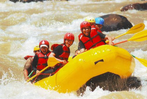 Free Stock Photo of River rafting