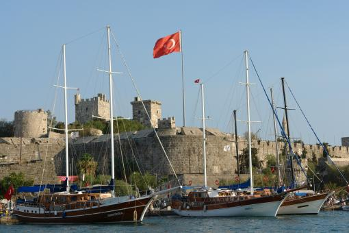 Free Stock Photo of Bodrum castle and marina