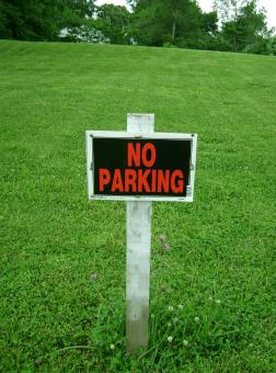 Free Stock Photo of No parking sign on grass