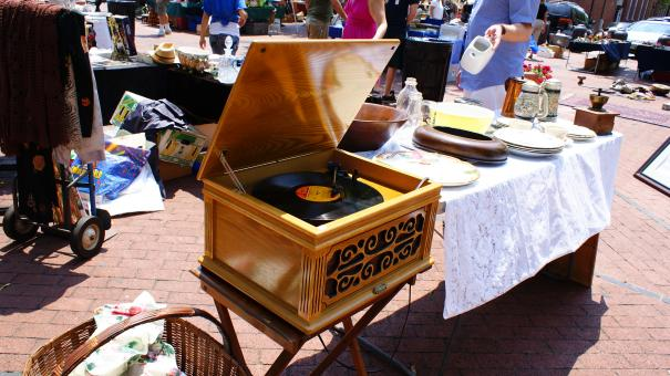 Free Stock Photo of Antique record player
