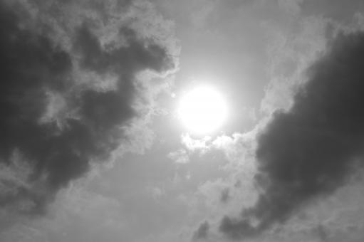 Free Stock Photo of Black & White Sun
