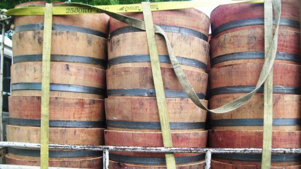 Free Stock Photo of Wine Barrels