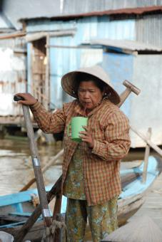 Free Stock Photo of Vietnamese lady with a drink