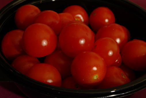Free Stock Photo of Bowl of fresh red tomatoes