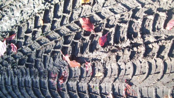 Free Stock Photo of Tire imprint  texture