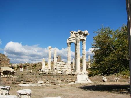 Free Stock Photo of Temple of Trajan in Pergamon Turkey