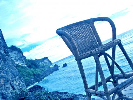 Free Stock Photo of The chair above the sea