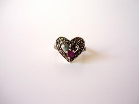 Free Stock Photo of Heart Ring