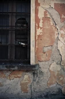 Free Stock Photo of Crumbling Wall