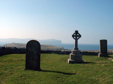 Free Stock Photo of Trumpan Churchyard and Celtic Cross