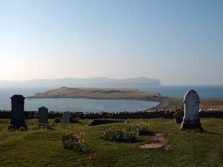 Free Stock Photo of Trumpan Churchyard and the sea