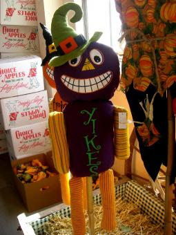 Free Stock Photo of Yikes Puppet