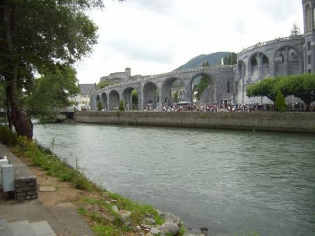 Free Stock Photo of Gave de Pau river (Lourdes)