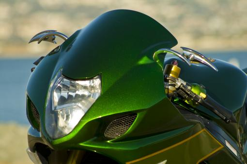 Free Stock Photo of Shiny Green Motorcycle