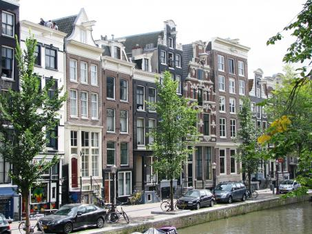 Free Stock Photo of Amsterdam houses dating from 18-19 centu