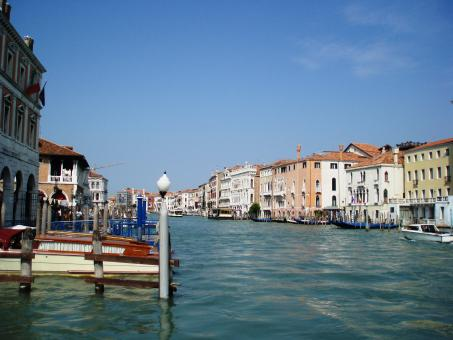 Free Stock Photo of Discover the channels in Venice