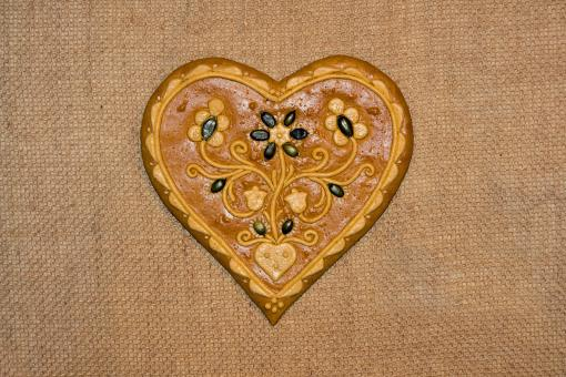 Free Stock Photo of Gingerbread heart