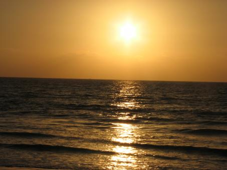 Free Stock Photo of Sunset at Karachi Beach