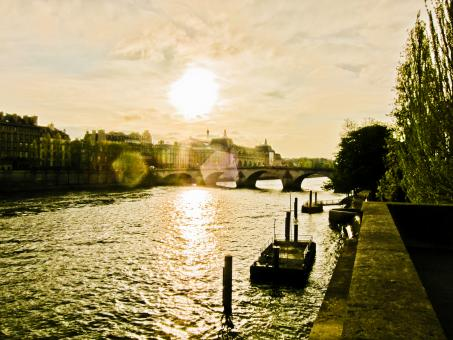 Free Stock Photo of Sunset over the Seine