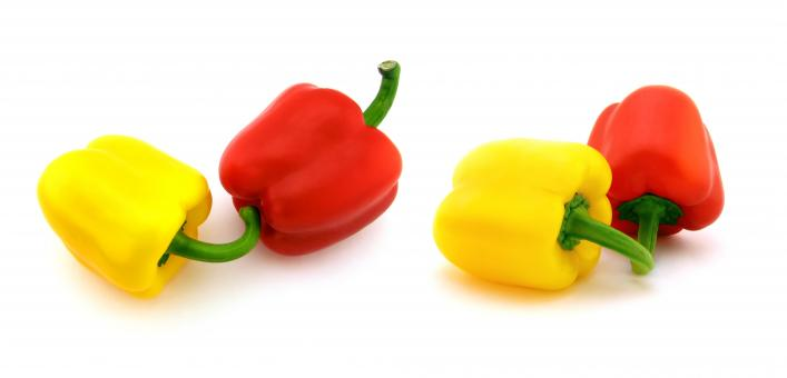 Free Stock Photo of Yellow and Red Peppers