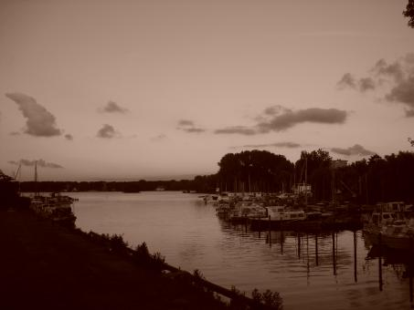 Free Stock Photo of Port in sepia
