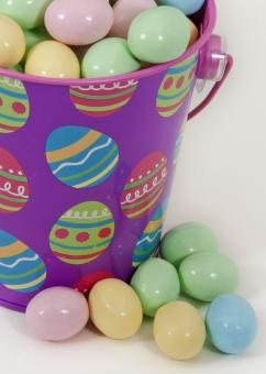 Free Stock Photo of Bucket of Eggs