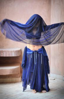 Free Stock Photo of Woman belly dancing