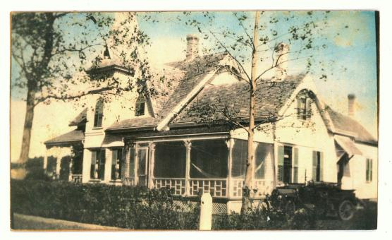 Free Stock Photo of Vintage photo Victorian house