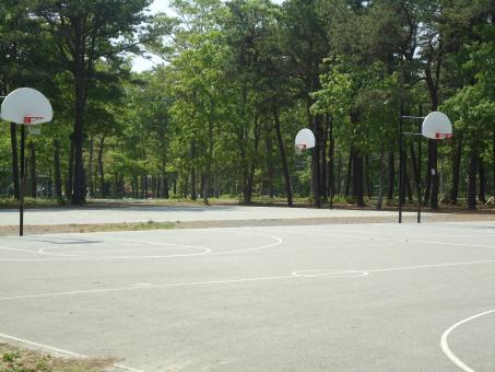 Free Stock Photo of Outdoor Basketball Court