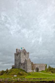 Free Stock Photo of Dunguaire Castle - HDR