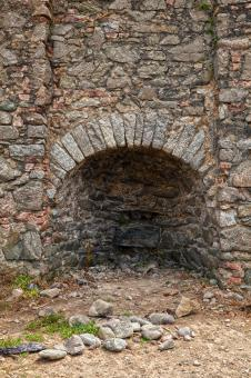 Free Stock Photo of Annestown Beach Kiln - HDR