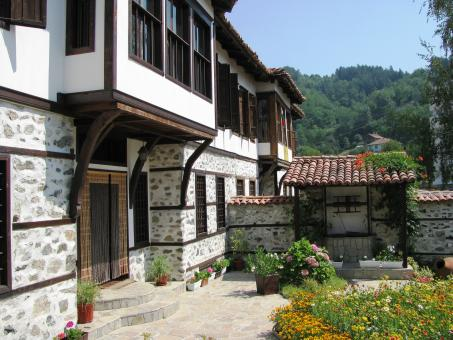 Free Stock Photo of Old house in Zlatograd