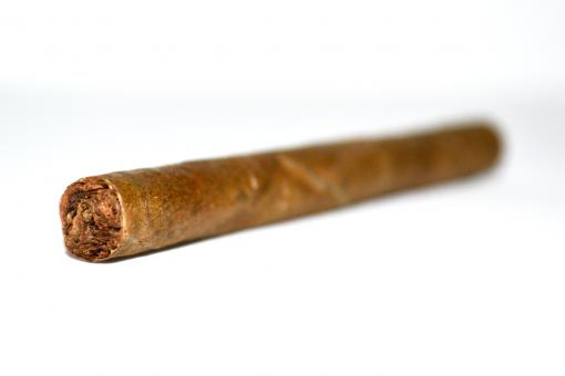 Free Stock Photo of Cigar Three Quarter View