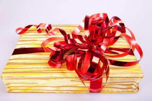 Free Stock Photo of Gift with ribbon