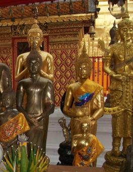 Free Stock Photo of Gold and Brass Buddhist Statues