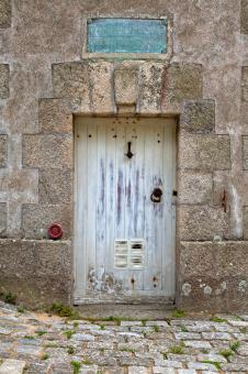 Free Stock Photo of Lorient Tower Door - HDR