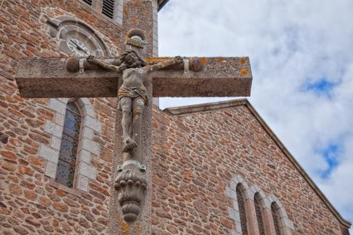 Free Stock Photo of Stone Crucifix - HDR