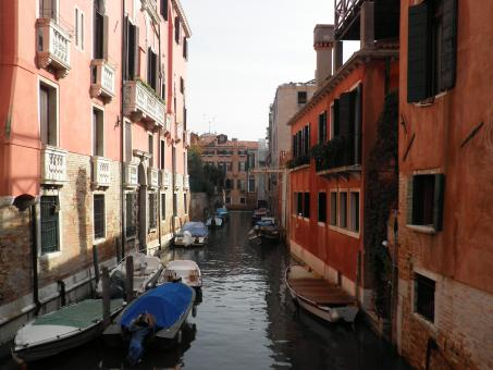 Free Stock Photo of Venice canal