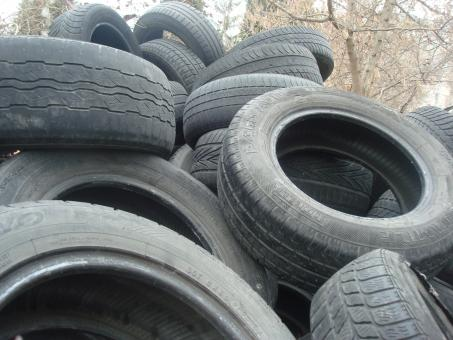 Free Stock Photo of Old tires