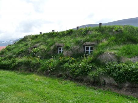 Free Stock Photo of Icelandic turf house
