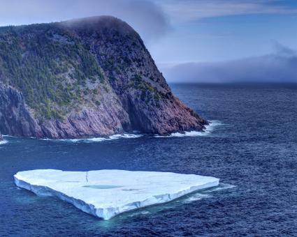 Free Stock Photo of Iceberg close to coast