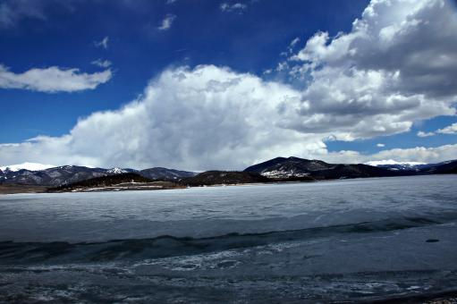 Free Stock Photo of Mountain Clouds over Icy Lake Dillon