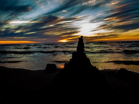 Free Stock Photo of Sand castle silhouette