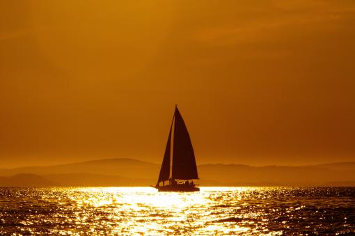 Free Stock Photo of Sailing